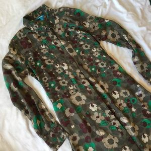 Tops - ✨NWOT L'AMOUR Green Floral Shirt✨